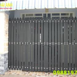 Mẫu cổng sắt hộp CSH 005