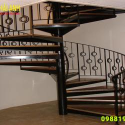 Mẫu lan can cầu thang sắt CCTS 023