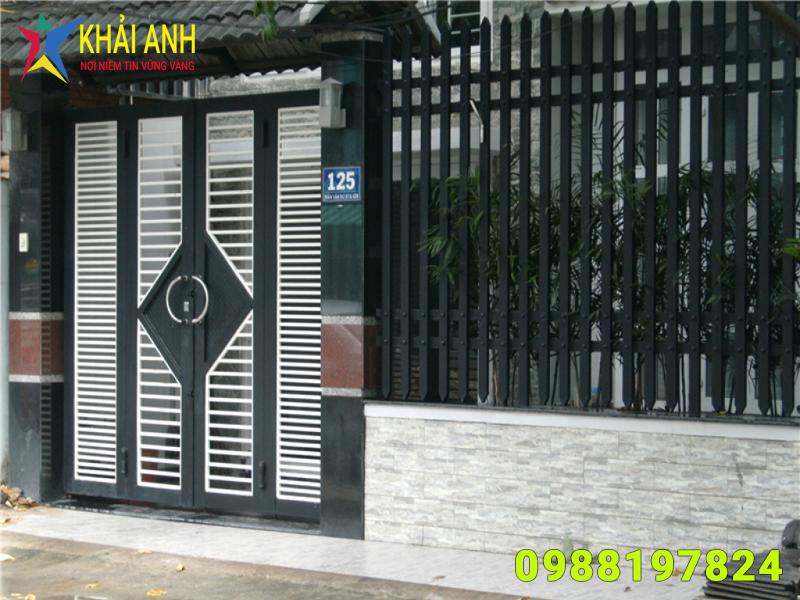 cổng sắt hộp 010 đẹp hà nội