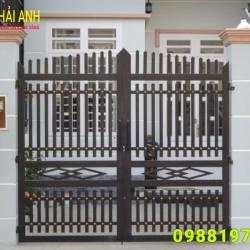 Mẫu cổng sắt hộp CSH 001