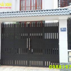 Mẫu cổng sắt hộp CSH 006