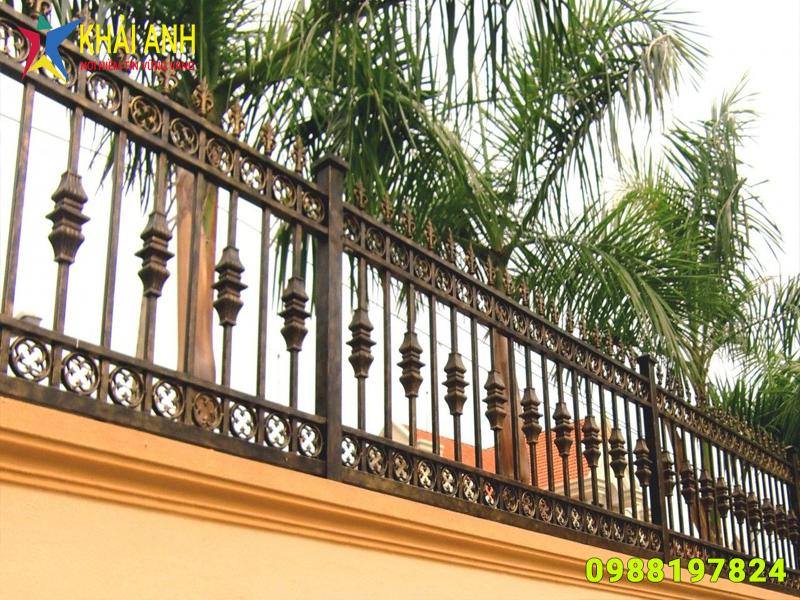 hàng rào sắt nghệ thuật 012 đẹp hà nội