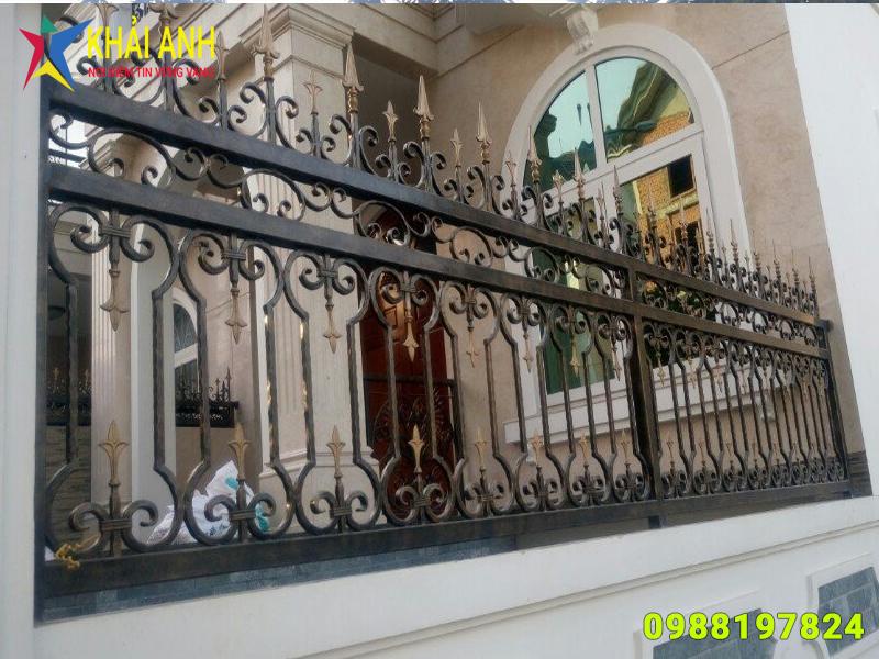 hàng rào sắt nghệ thuật 009 đẹp hà nội